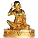 Kagyü Lehrermeister Milarepa Statue sitzende Position in der Vorderansicht